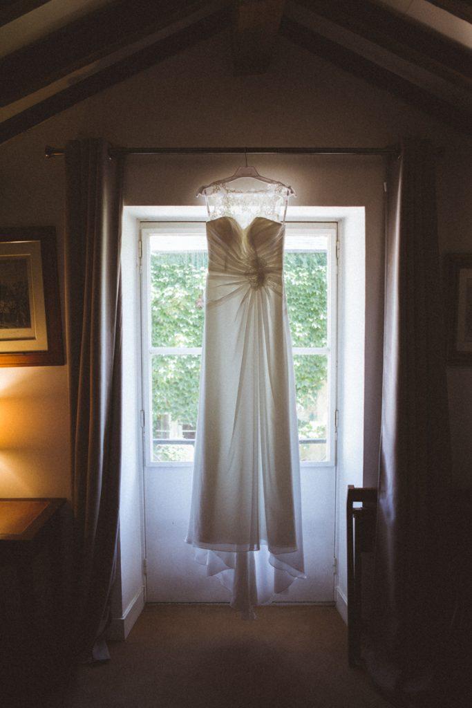 Photographe de mariage à Dijon en Bourgogne et à Paris. Reportage de mariage au leica24