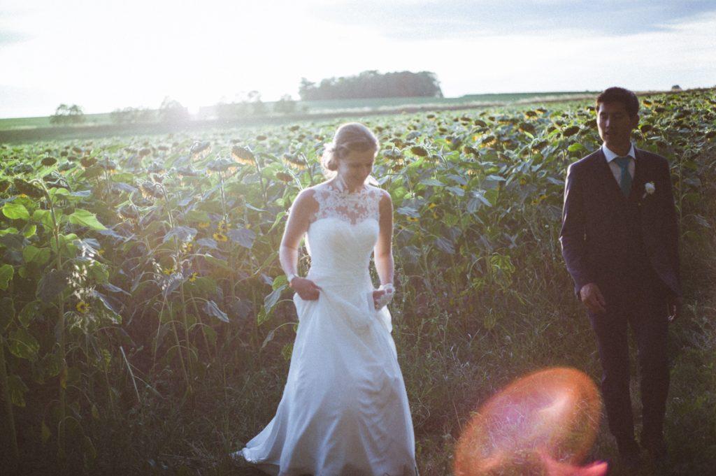 Photographe de mariage à Dijon en Bourgogne et à Paris. Reportage de mariage au leica26