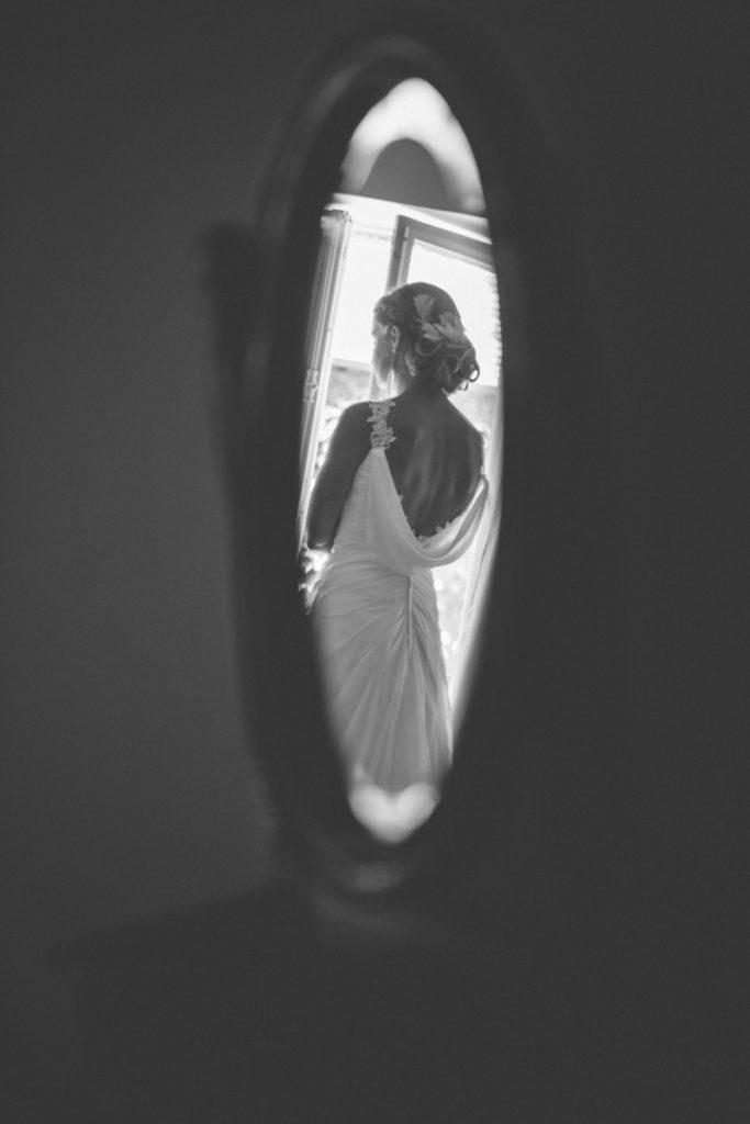 Photographe de mariage à Dijon en Bourgogne et à Paris. Reportage de mariage au leica7