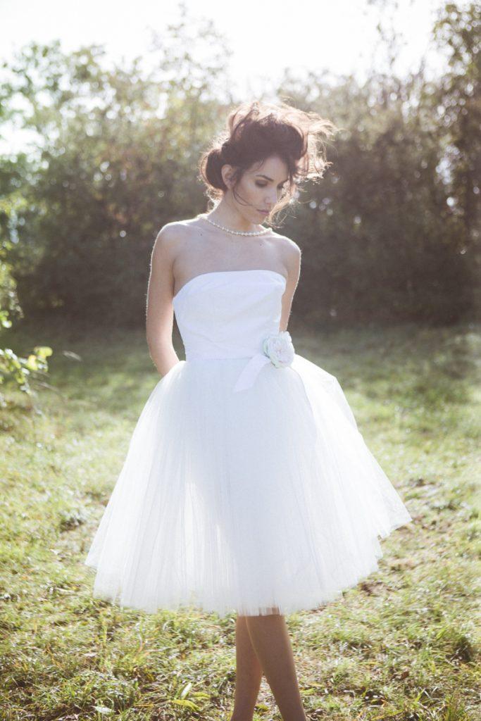 photographies de robes de mariage par la creatrice Amelie Loisy-Moutault, en Bourgogne vers Dijon avec Jonas Jacquel 2