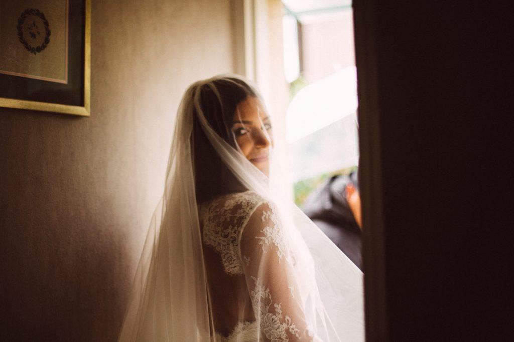 Photographe de mariage à Dijon en Bourgogne. Reportage de mariage au leica5