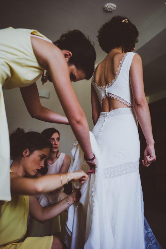 Photographe de mariage à Dijon, en Bourgogne et sur Paris. Reportage d'auteur au Leica.83