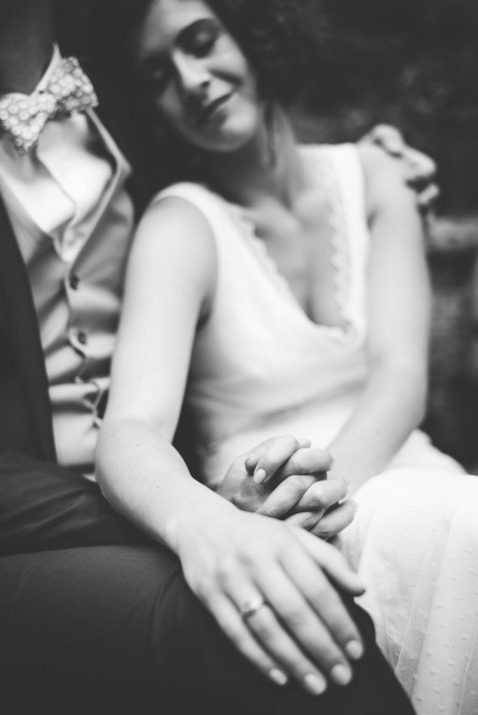 Photographe de mariage à Dijon, en Bourgogne et sur Paris. Reportage d'auteur au Leica.66