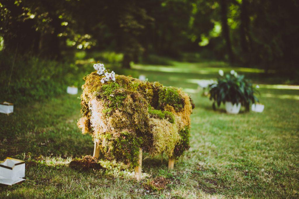 Photographe de mariage à Dijon, en Bourgogne et sur Paris. Reportage d'auteur au Leica.90