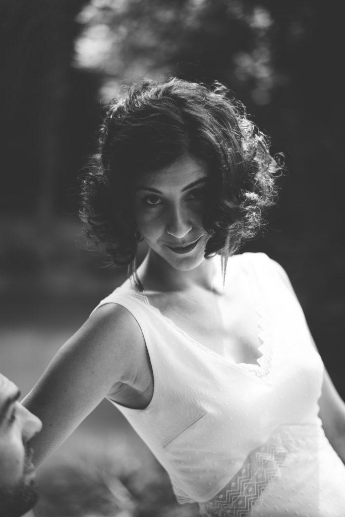 Photographe de mariage à Dijon, en Bourgogne et sur Paris. Reportage d'auteur au Leica.60