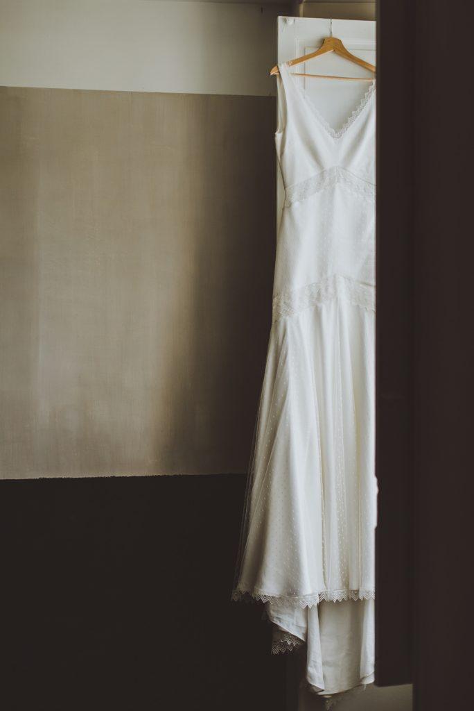 Photographe de mariage à Dijon, en Bourgogne et sur Paris. Reportage d'auteur au Leica.58