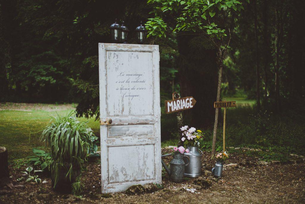 Photographe de mariage à Dijon, en Bourgogne et sur Paris. Reportage d'auteur au Leica.57