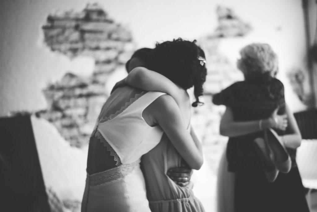 Photographe de mariage à Dijon, en Bourgogne et sur Paris. Reportage d'auteur au Leica.39