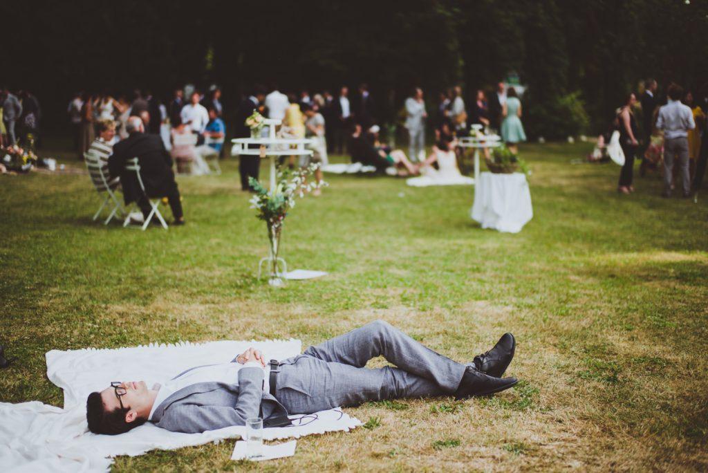 Photographe de mariage à Dijon, en Bourgogne et sur Paris. Reportage d'auteur au Leica.36