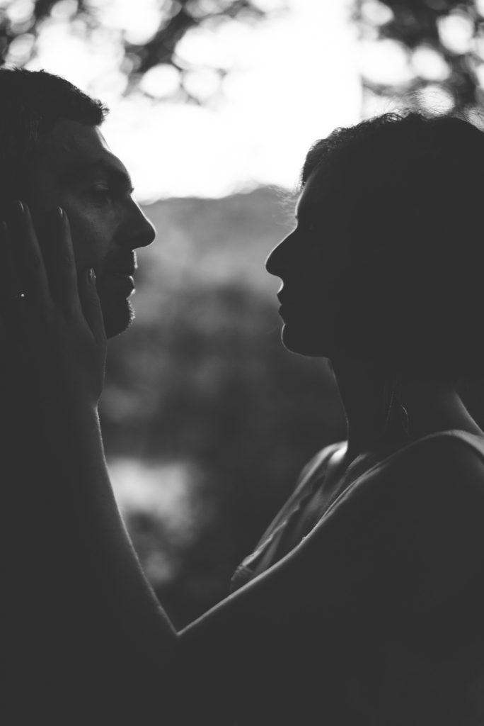 Photographe de mariage à Dijon, en Bourgogne et sur Paris. Reportage d'auteur au Leica.29