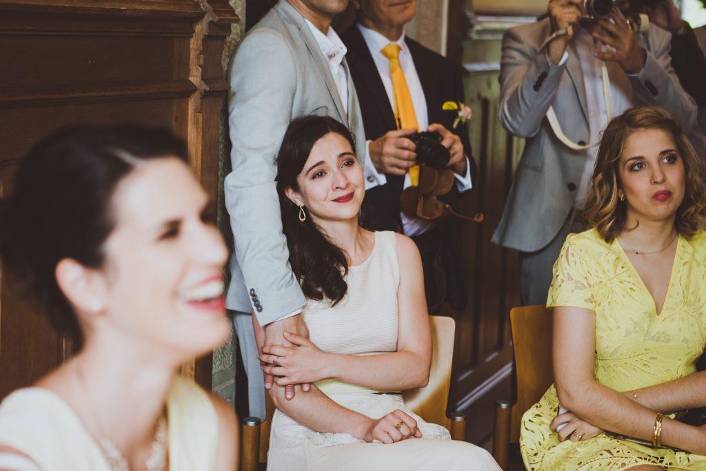 Photographe de mariage à Dijon, en Bourgogne et sur Paris. Reportage d'auteur au Leica.16