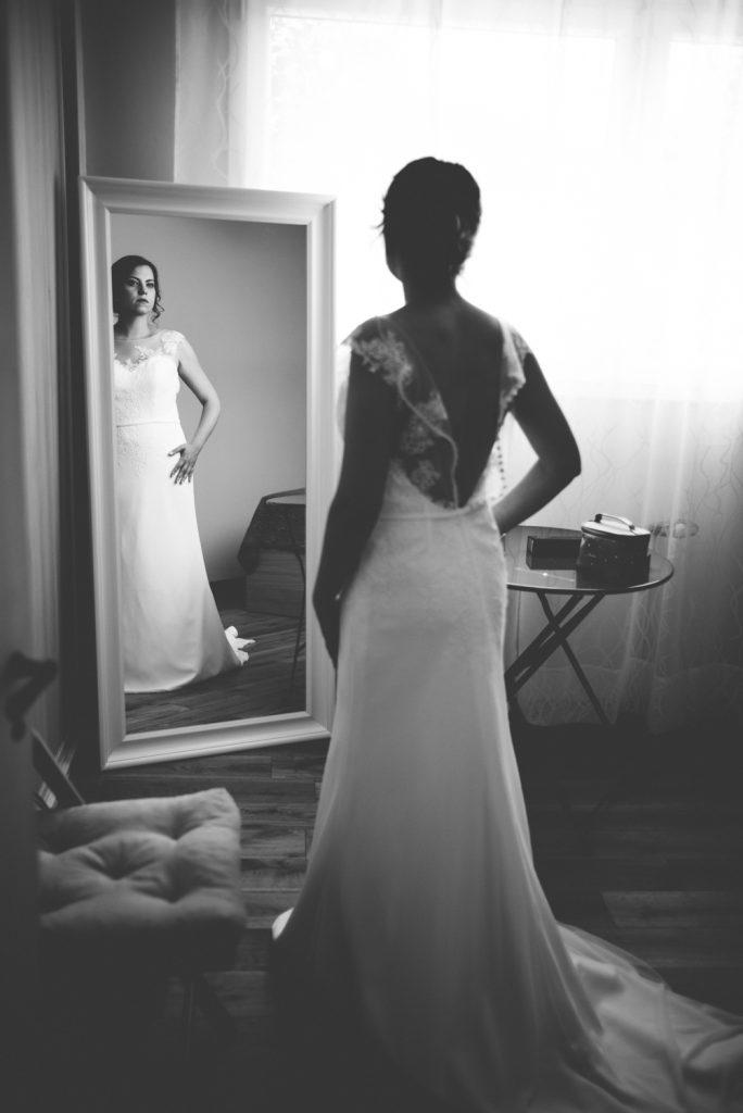 Photographe de mariage à Dijon, en Bourgogne et sur Paris. Leica wedding photography.1