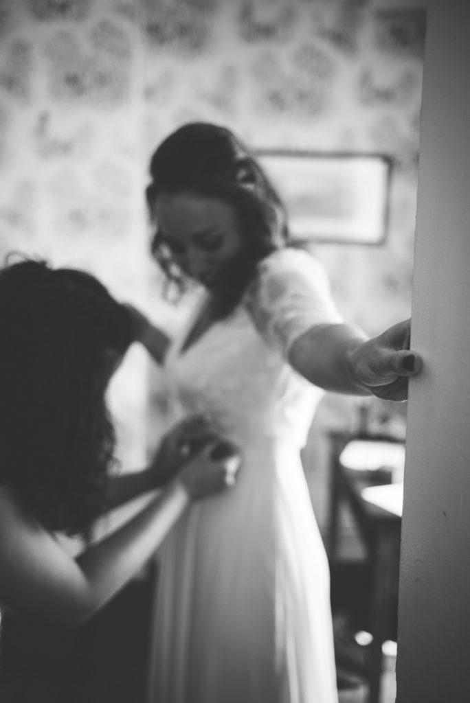 Photographe de mariage à Dijon, en Bourgogne et sur Paris. Leica wedding photography.8