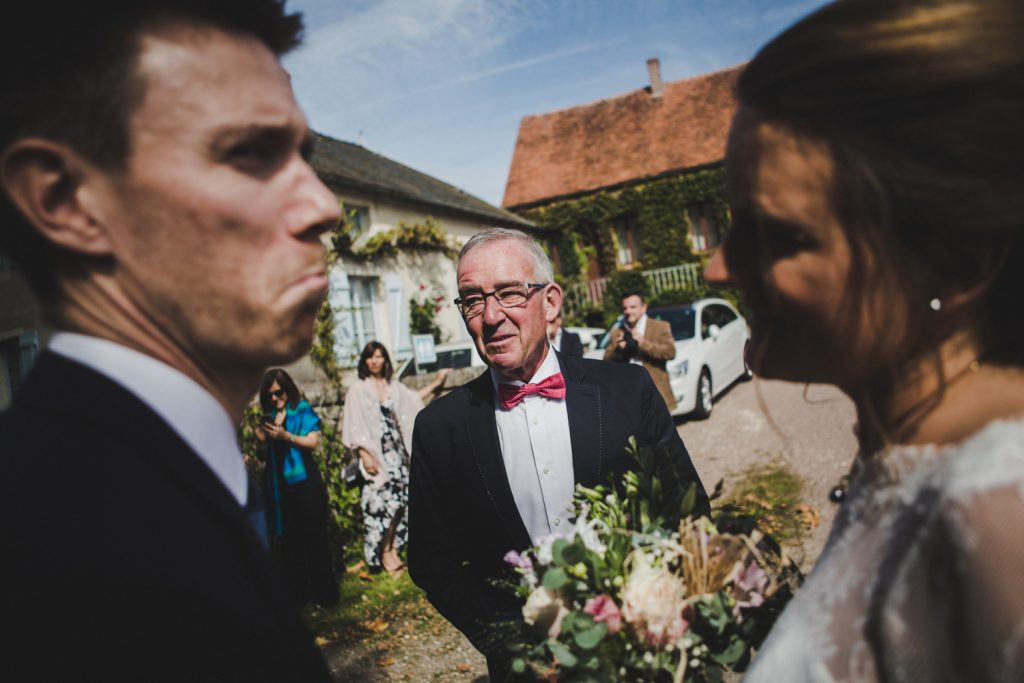 Reportage photo de mariage vers Dijon, au château de Barbirey-sur-Ouche. Lifestyle wedding photography with Leica.5