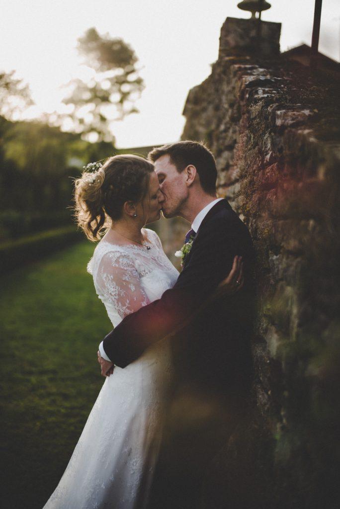 Photographe de mariage à Dijon, en Bourgogne. Regard d'auteur et images lifestyle. Jonas Jacquel11