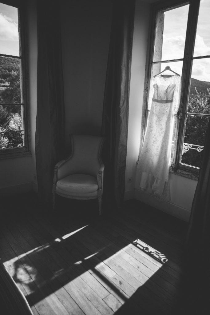 Photographe de mariage à Dijon, en Bourgogne. Regard d'auteur et images lifestyle. Jonas Jacquel