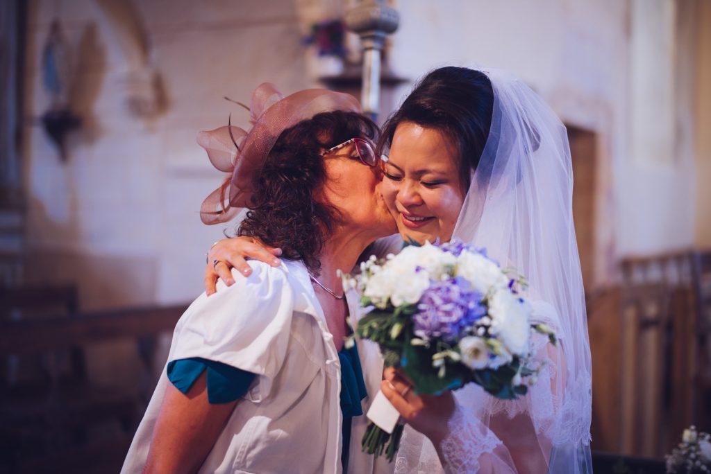 Photographe de mariage à Dijon en Bourgogne. Mariagefranco-chinois à Ancy-le-Franc en Bourgogne.12