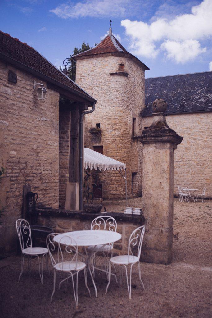 Photographe de mariage à Dijon en Bourgogne. Mariagefranco-chinois à Ancy-le-Franc en Bourgogne.6