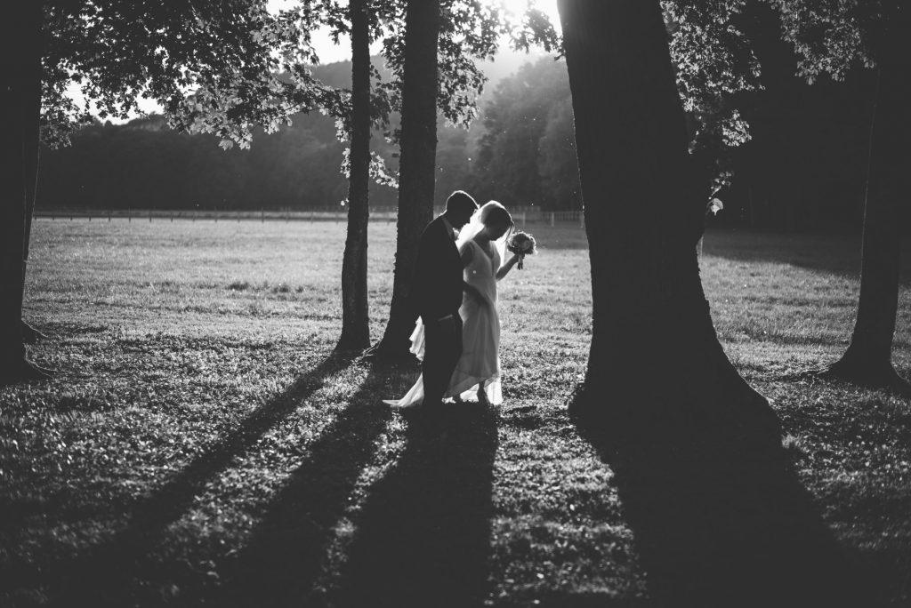 Photographe de mariage à Dijon en Bourgogne. Mariagefranco-chinois à Ancy-le-Franc en Bourgogne.35