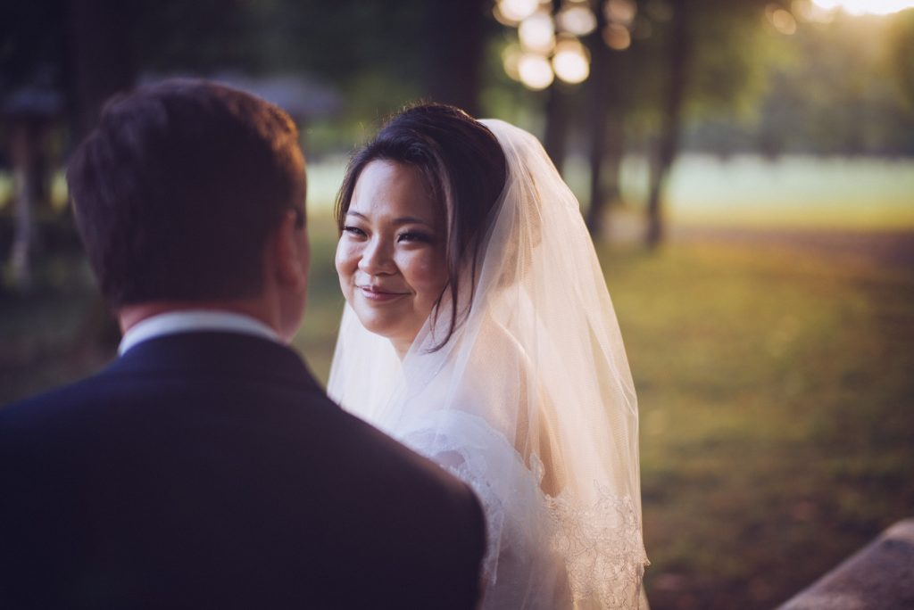 Photographe de mariage à Dijon en Bourgogne. Mariagefranco-chinois à Ancy-le-Franc en Bourgogne.33