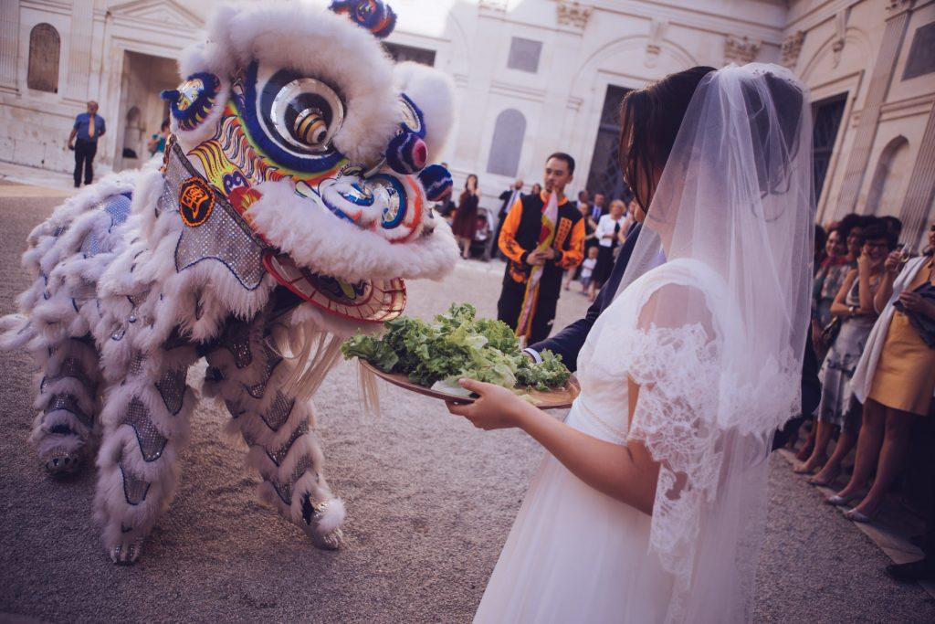 Photographe de mariage à Dijon en Bourgogne. Mariagefranco-chinois à Ancy-le-Franc en Bourgogne.28
