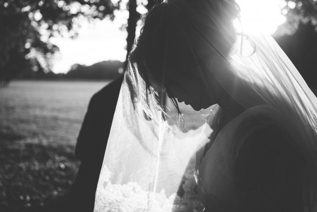 Photographe de mariage à Dijon en Bourgogne. Mariagefranco-chinois à Ancy-le-Franc en Bourgogne.31
