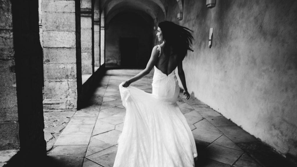 Photogrpahe de mariage a dijon en bourgogne, robe de mariee, wedding dress, jonas jacquel14