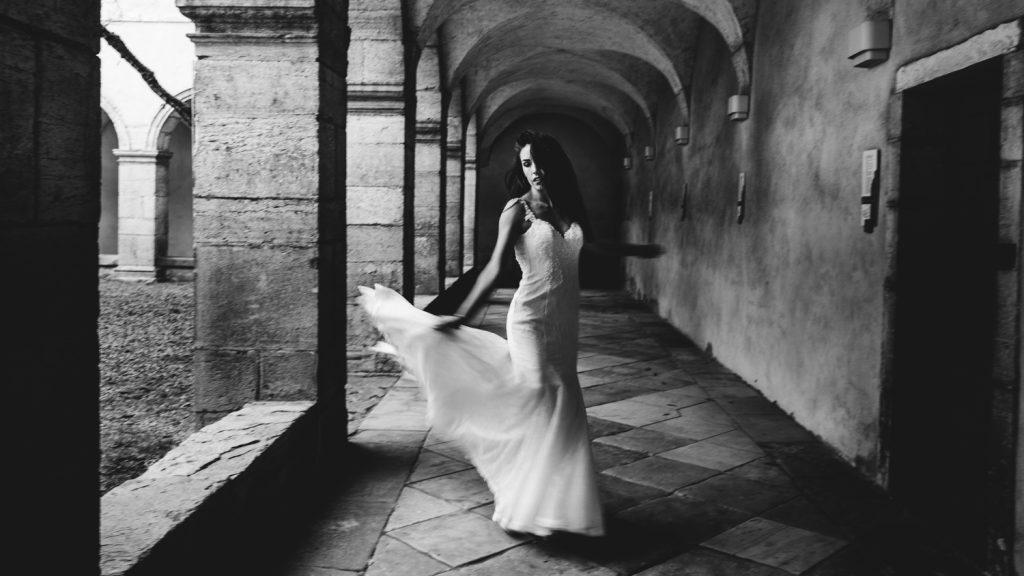 Photogrpahe de mariage a dijon en bourgogne, robe de mariee, wedding dress, jonas jacquel16