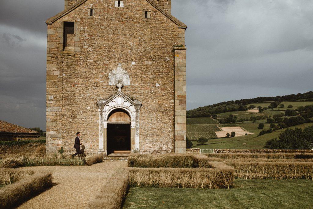 Photographe de mariage et de reportage à Dijon, en Bourgogne. Jonas Jacquel au château de Pierreclos.8
