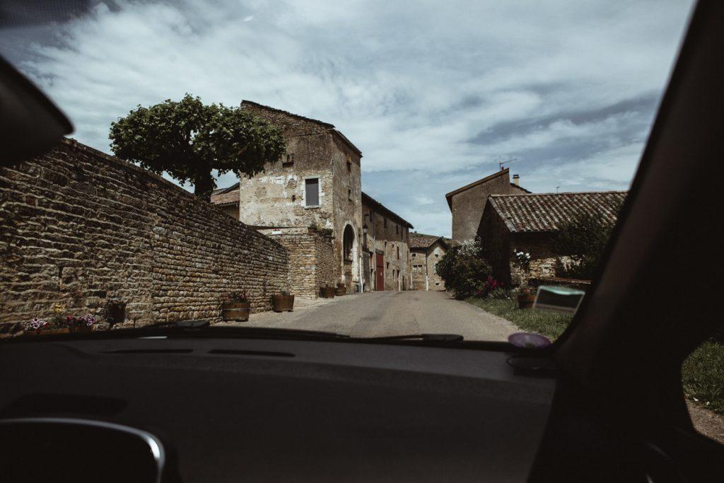 Photographe de mariage et de reportage à Dijon, en Bourgogne. Jonas Jacquel au château de Pierreclos.9