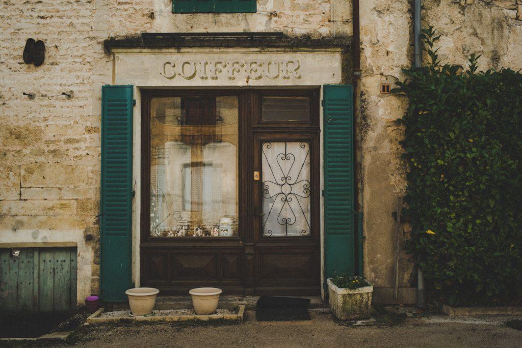 Photographe de mariage à Dijon, en Bourgogne, marié écossais, Jonas Jacquel2