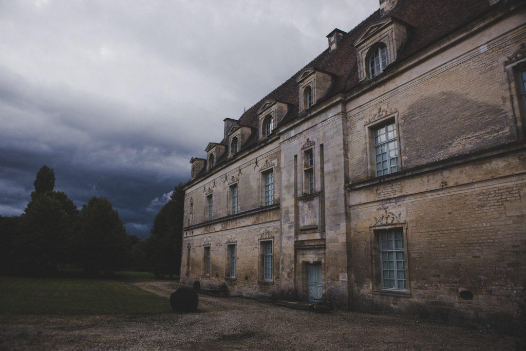 Photographe de mariage à Dijon, en Bourgogne, marié écossais, Jonas Jacquel31
