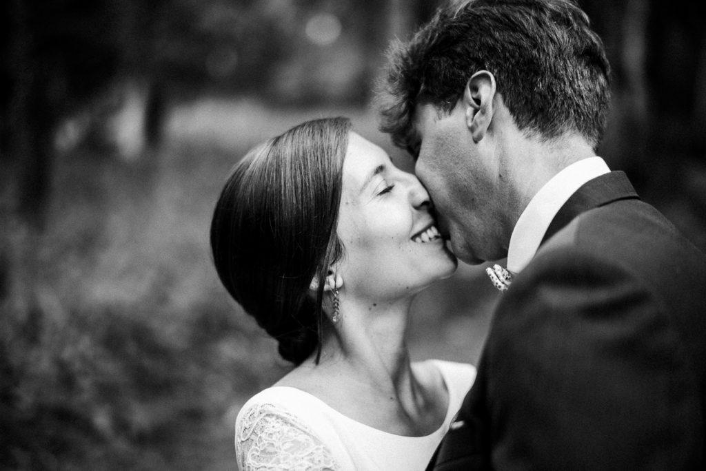 Photographe de mariage à Dijon, en Bourgogne. Lifestyle & bohème, Jonas Jacquel71