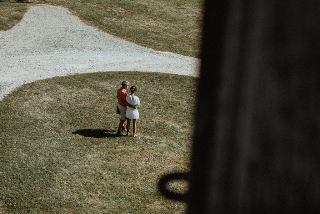 Photographe de mariage à Dijon, en Bourgogne. Lifestyle & bohème, Jonas Jacquel48