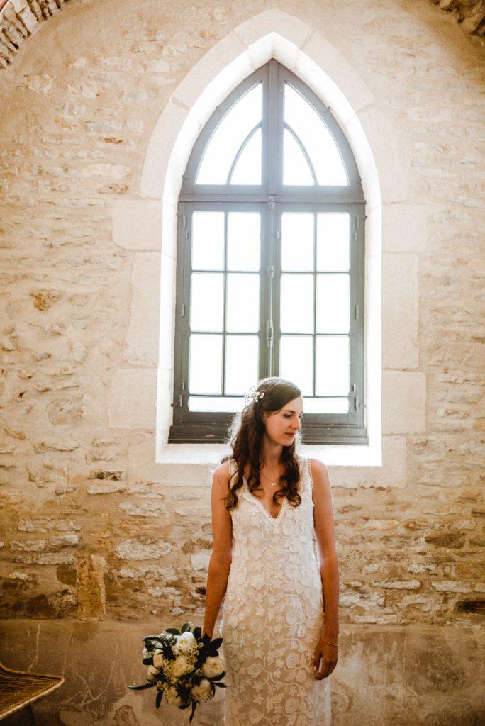 Photographe de mariage à Dijon, en Bourgogne. Jonas Jacquel, mariage à la Tour de Labergement.